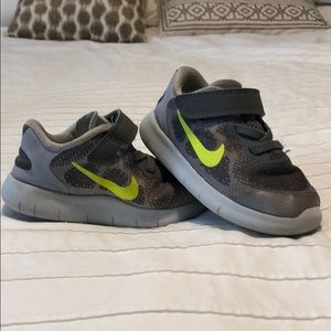 Toddler Nike Free Run